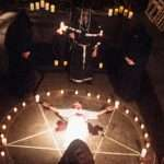 5 Deadly Cults With Mysterious Beliefs That Led To Tragic Ends…