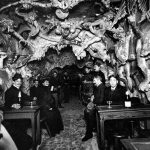 Images of 19th Century Paris's Hell-Themed Cafe